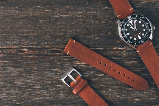 付け心地に影響大!機械式時計のベルトについて学ぼう!